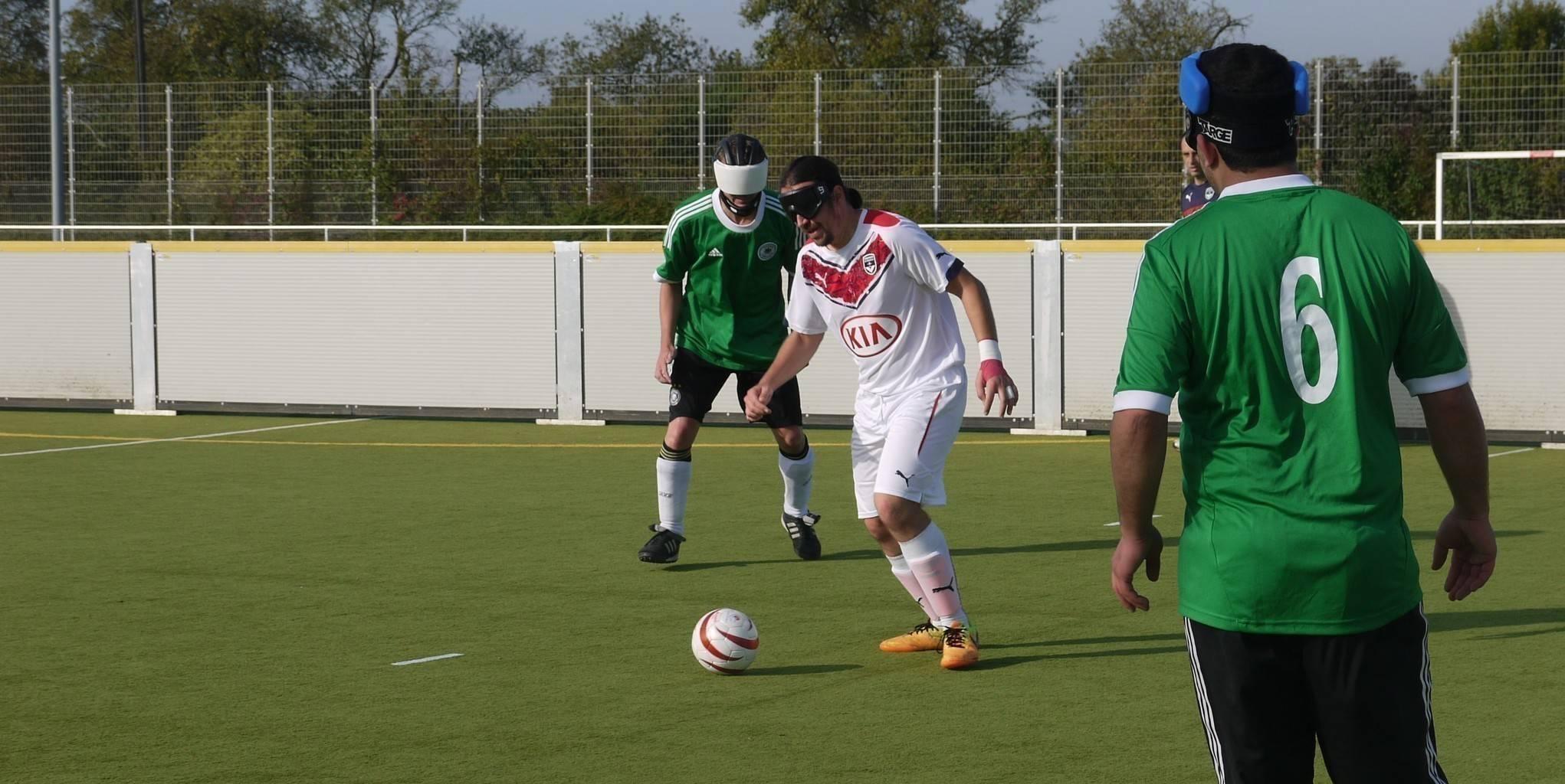 Frederic Villeroux beim Test-Spiel gegen Deutschland in Würzburg (Foto: Julitta Harms)