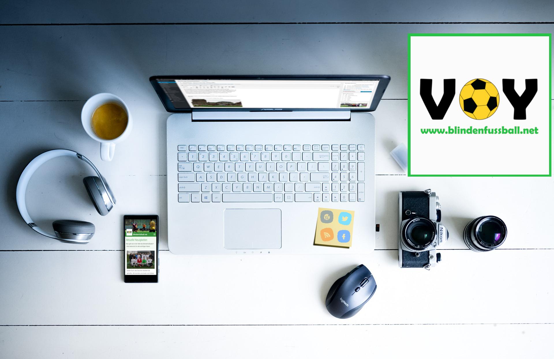 Ein typischer Blifunet-Schreibtisch! - Die Redaktion von Blindenfußball.net sucht neue Mitglieder!