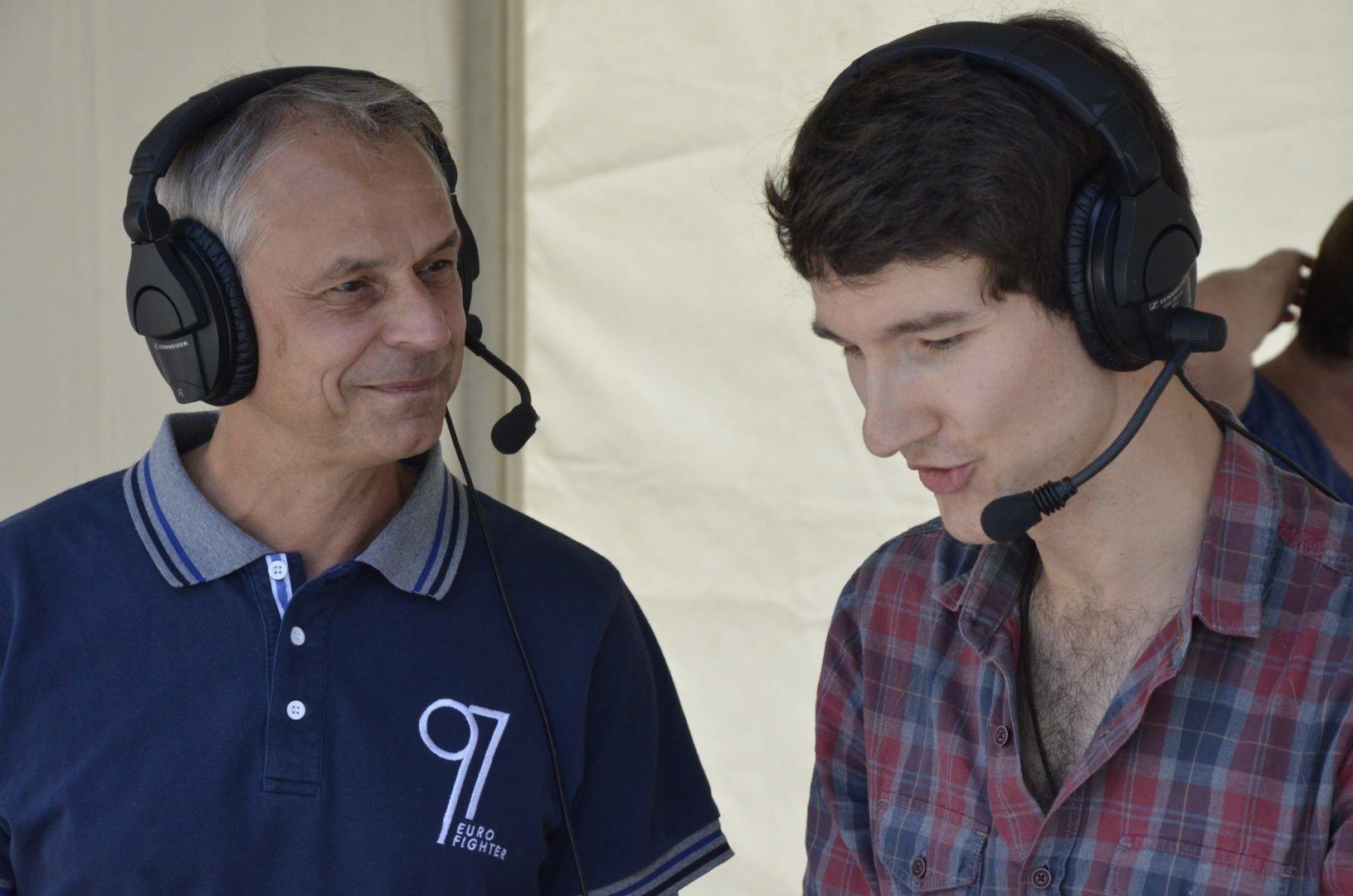 Auch Vereinslegende Olaf Thom ließ sich beim Blindenfußball-Spieltag blicken. Hier im Interview mit Spielbeschreiber Florian Eib.
