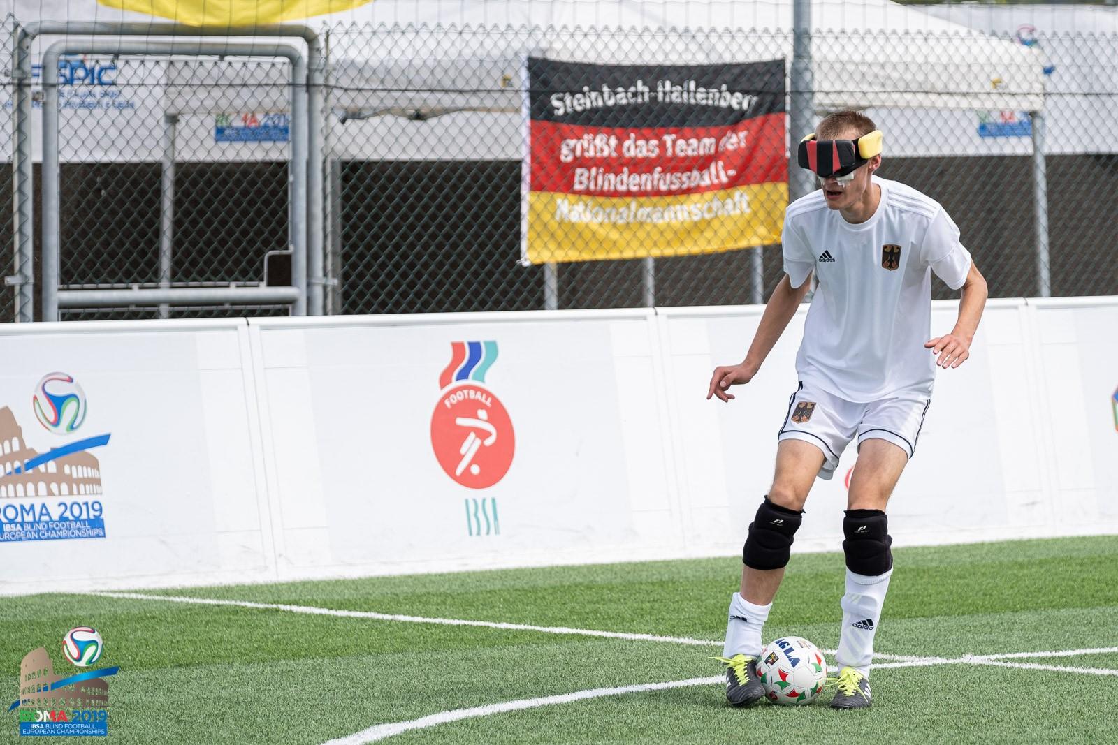 Rasmus Narjes, hier im Spiel gegen Griechenland, verpasst mit dem DBS-Team das Halbfinale. Foto: Simone Forzan, FISPIC