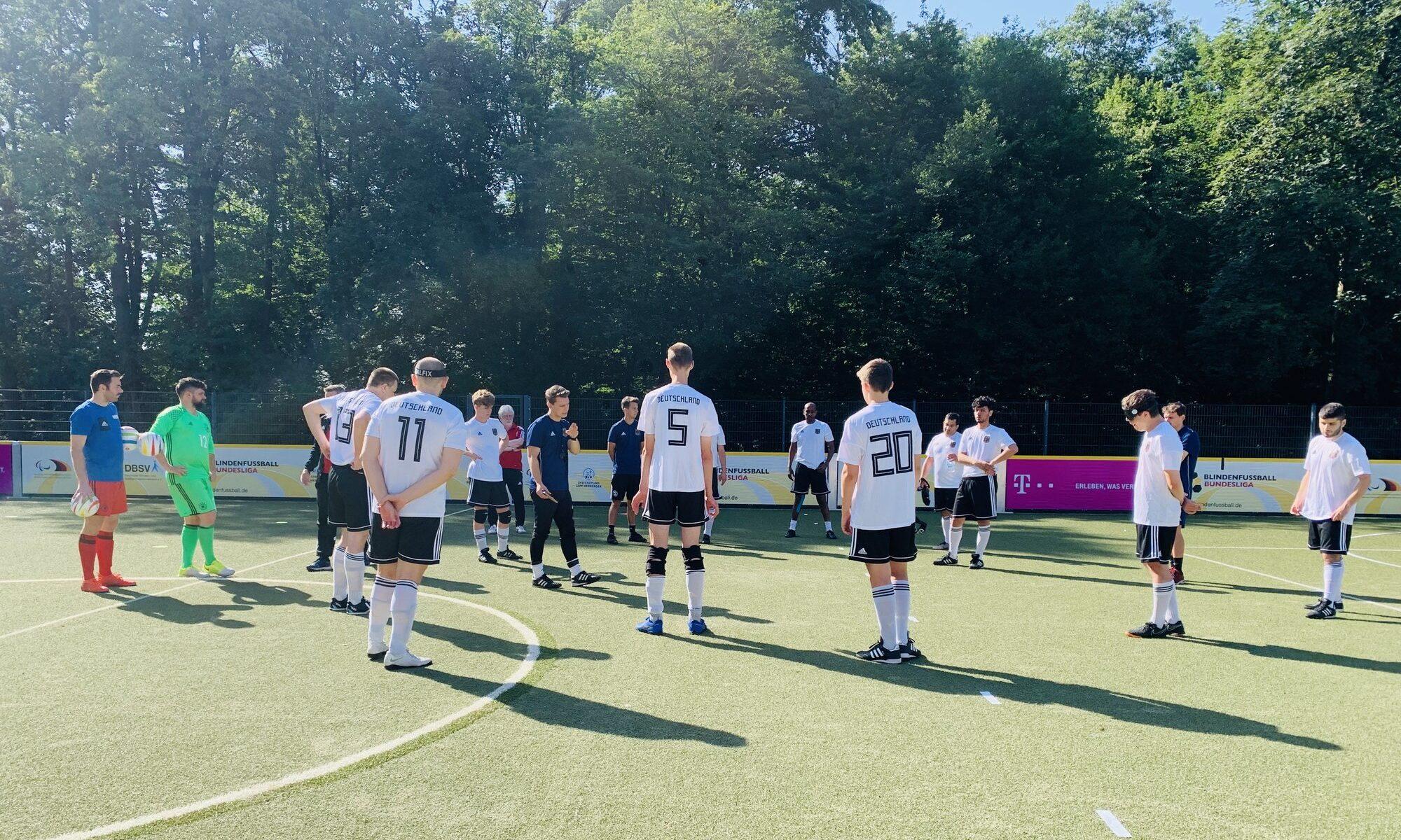 Die deutsche Blindenfußball-Nationalmannschaft bei einem Lehrgang im Jahr 2021. Foto: privat