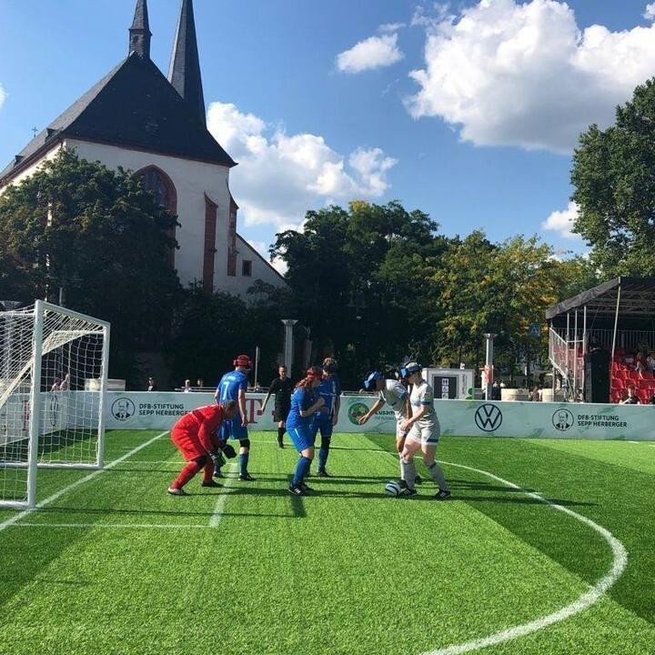 Katharina Kühnlein, hier im Spiel gegen Fortuna Düsseldorf/1. FC Düren, war mit fünf Toren überragende Akteurin. Foto: Carsten Kobow
